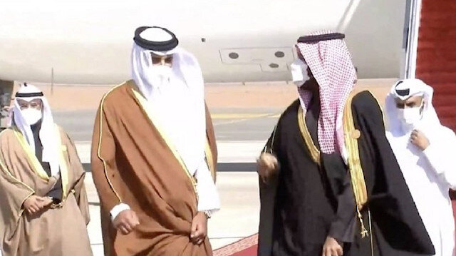 Katar Emiri Al Sani Suudi Arabistan'da: 3 yıl sonra Katar'a uygulanan abluka sona erdi