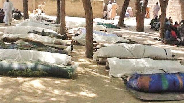 Fransa Müslümanları bombaladı: Mali'de en az 100 ölü