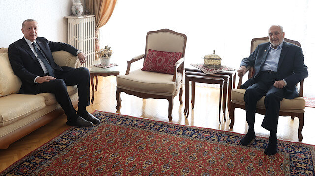 Cumhurbaşkanı Erdoğan'dan Oğuzhan Asiltürk'e evinde sürpriz ziyaret