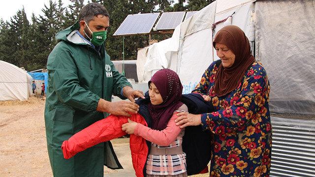 İHH, 2020'de Suriye'de 1 milyon 250 bin kişiye yardım ulaştırdı