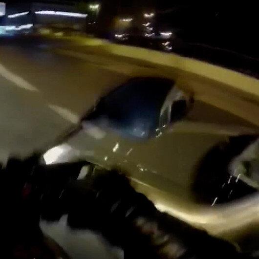 Büyükçekmecede seyir halindeki motosiklete çarpan otomobil kask kamerasına yansıdı