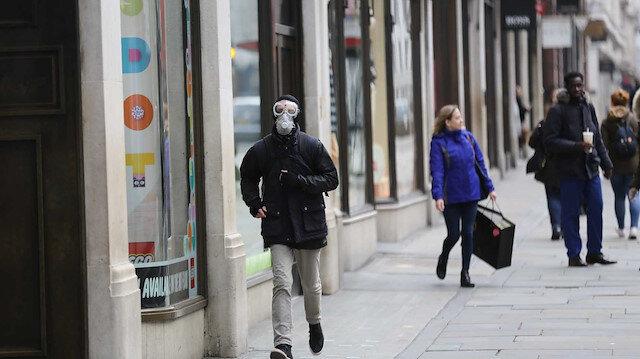 İngiltere'de yaklaşık 2 milyon kişi koronavirüs aşısı oldu