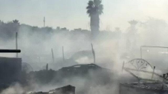 Pakistan'da gecekondu mahallesinde yangın: 50 gecekondu alev alev yandı