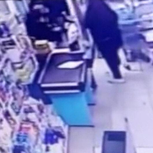 Avcılarda pişkin hırsız market çalışanın elini ısırdı