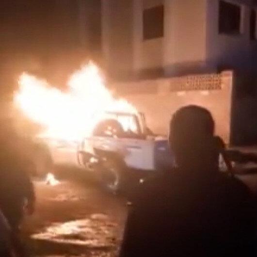 Yemenin geçici başkenti Adende askeri araçta patlama