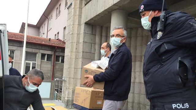 Koronavirüs aşıları hastanelere dağıtılmaya başlandı