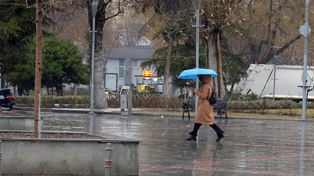 Kuraklık alarmı veren Konya Ovası yağışa kavuştu