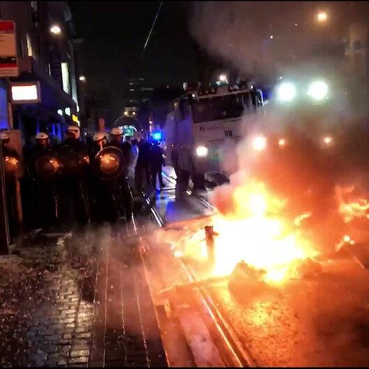 Belçikada gözaltına alınan siyahi gencin hayatını kaybetmesiyle sokaklar karıştı