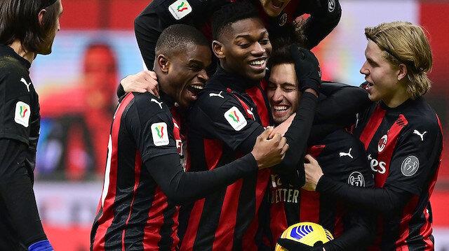 Hakan Çalhanoğlu attı Milan kupada turladı (ÖZET)
