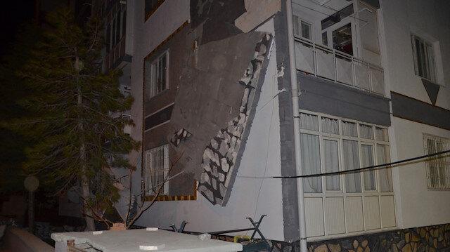 Fırtınanın Konya'ya bilançosu ağır oldu:  evin çatısı uçtu, 3 kişilik aile sobadan zehirlendi