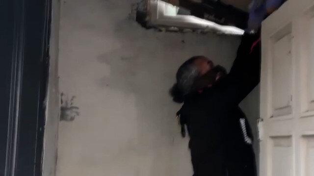Tekirdağ'da torbacının tavan arasına sakladığı uyuşturucu böyle bulundu