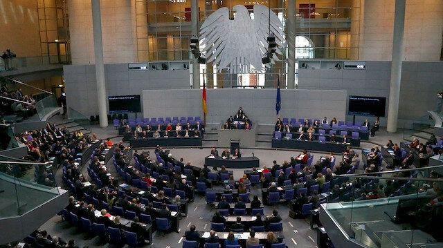 Alman Meclisinde 'Müslüman karşıtı ırkçılık ve ayrımcılık' konulu önerge reddedildi