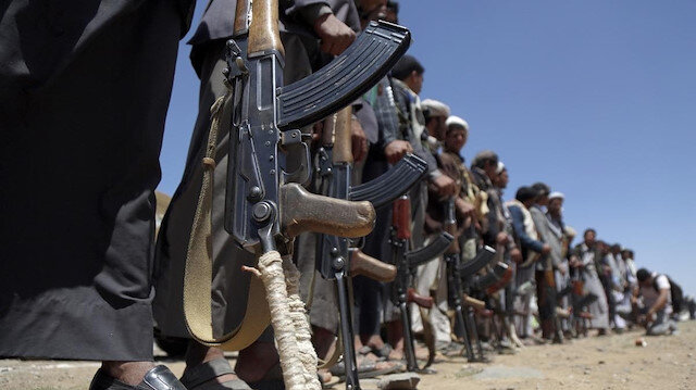 Yemen hükümeti Husilerin Taiz'de sivilleri infaz ettiğini açıkladı