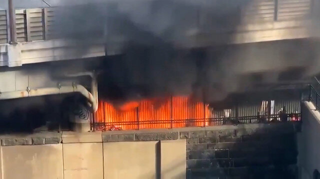 ABD'de evsizler kampındaki yangın Kongre binasında paniğe neden oldu