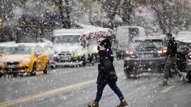 Meteoroloji son tahminlerini paylaştı: İstanbul'da kar yağışı sürecek mi?