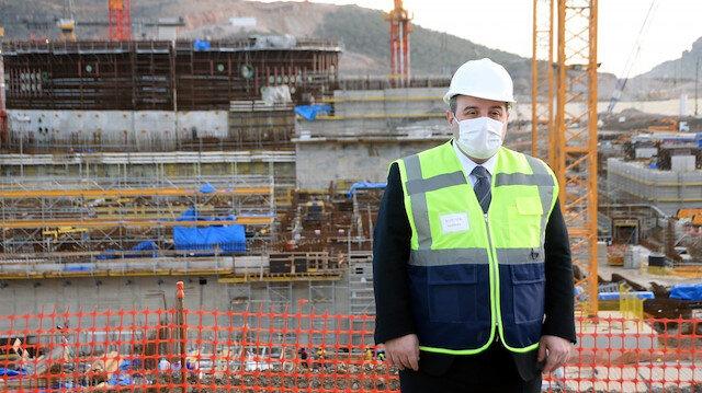 Bakan Varank: Akkuyu 2023'te elektrik üretmeye başlayacak