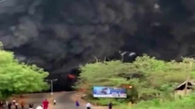 Nijerya'da petrol tankeri patladı ortalık savaş alanına döndü