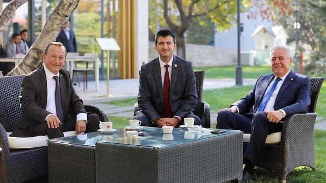 CHP'li vekillerden parti yönetimine HDP tepkisi: Terörle arasına mesafe koymayan HDP ile birlikteliği kabul etmiyoruz