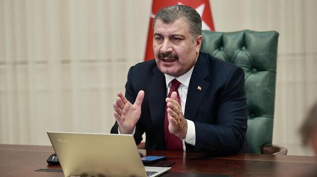 Sağlık Bakanı Koca yarından itibaren 85 yaş üzerindekilerin aşılanmasına başlanacağını açıkladı
