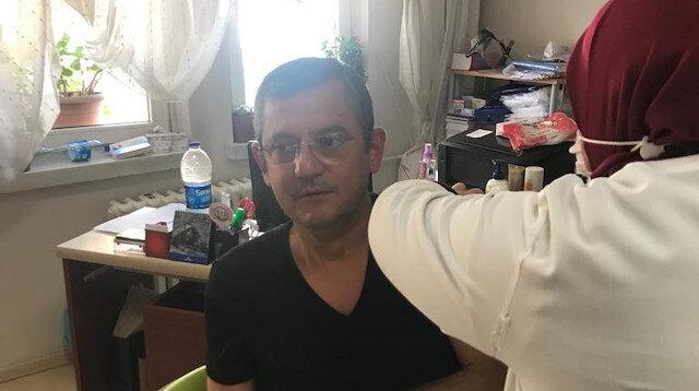 CHP'li Özgür Özel koronavirüs aşısı oldu