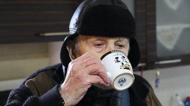 30 yıldır kar suyu içiyor: Doktora fazla gitmedim kar ziyan olmasın diye içiyorum