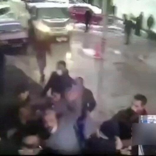 Kavgada yaralanarak hastaneye kaldırılan kişi doktorlara saldırdı