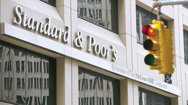 S&P büyümeyi 4 puan artırdı