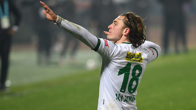 Bursaspor, Ali Akman'ın attığı şık golle kazandı