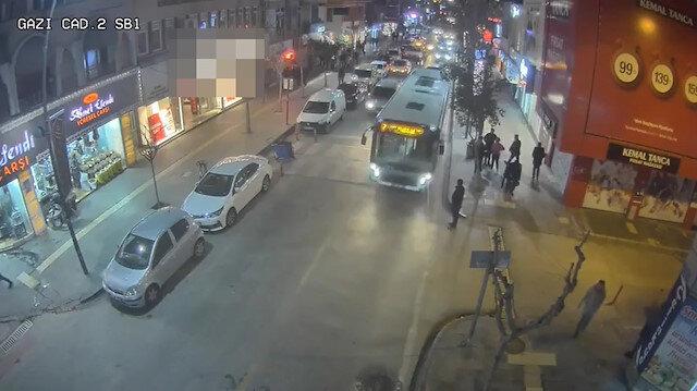 Elazığ'daki 6.8 büyüklüğündeki depremden yeni görüntüler ortaya çıktı