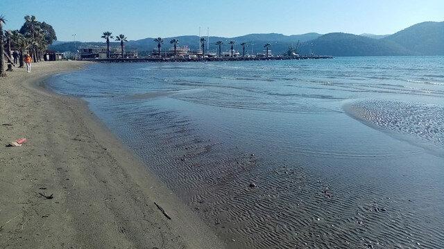 Muğla'da deniz suyu 40 metre çekildi