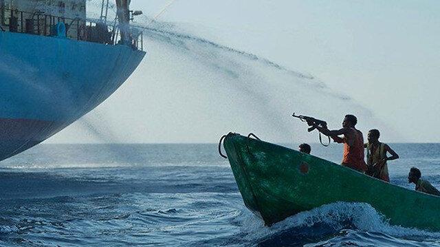 Türk gemisine korsan baskını: Bir kişi öldü, 15 kişi rehin alındı