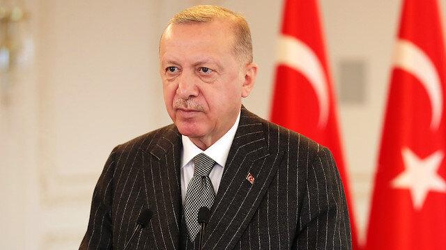 Cumhurbaşkanı Erdoğan, Nijerya açıklarında saldırıya uğrayan geminin kaptanıyla görüştü