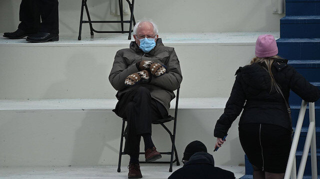 Yemin töreninde Joe Biden'dan daha çok konuşulmuştu: Eldivenleri yardım kampanyasına dönüştürecek