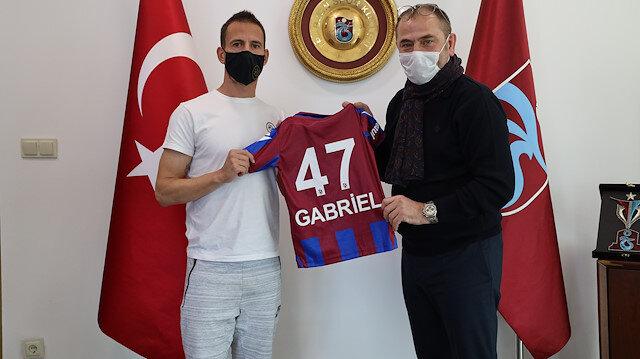 Trabzonspor'da ayrılık resmen açıklandı: Kaptan ile yollar ayrıldı