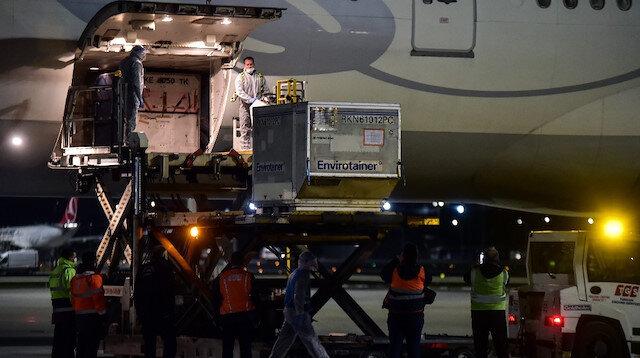 Çin'den 6,5 milyon doz aşı getiren uçak İstanbul Havalimanı'na indi