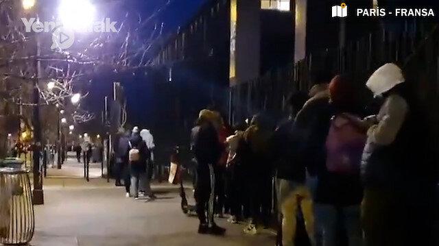 Paris'te üniversite öğrencileri gıda yardımı almak için 200 metrelik kuyruk oluşturdu