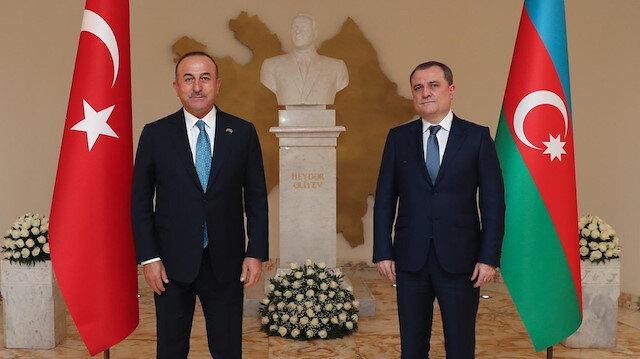 Bakan Çavuşoğlu Azerbaycanlı mevkidaşı ile telefon görüşmesi gerçekleştirdi