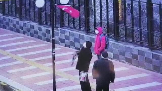Yozgat'ta vatandaşın bayrak hassasiyeti kameraya yansıdı