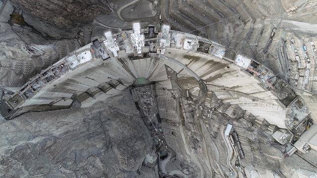 Türkiye'nin en yüksek barajı olacak: Son bir metre kaldı