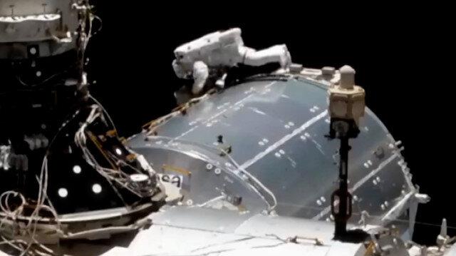 NASA astronotları uzay yürüyüşüne çıktı