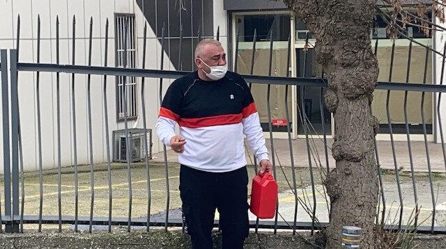 İstanbul'da yakalanan korsan taksici aracı bağlanınca kendini yakmaya çalıştı