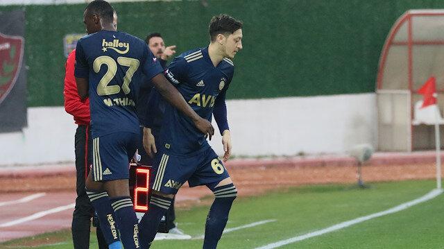 Fenerbahçe'nin yeni yıldızı Mesut Özil ilk maçında ne yaptı?
