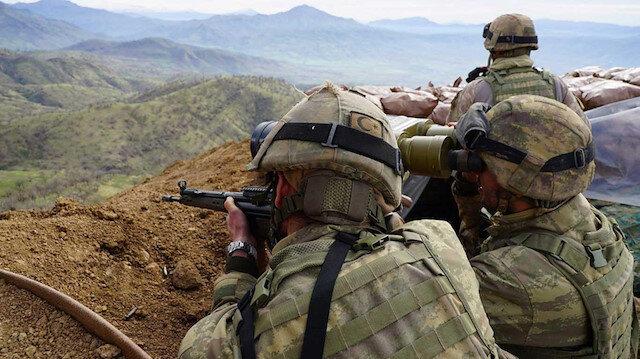 PKK'dan kaçan beş terörist teslim oldu