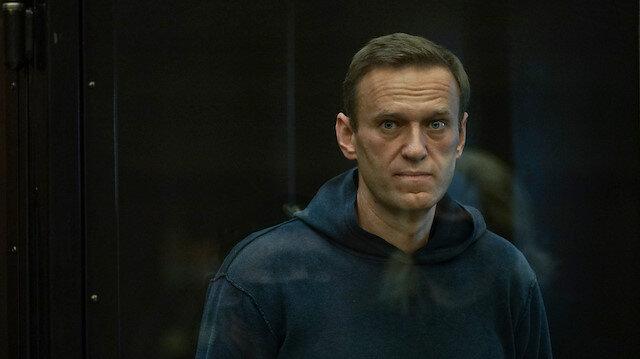 Rus muhalif Navalnıy 3,5 yıl hapis cezasına çarptırıldı