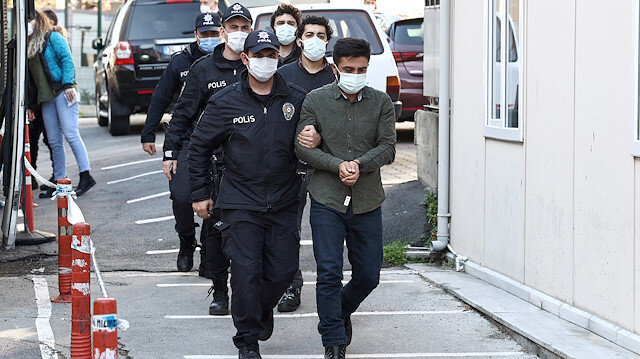 Boğaziçi Üniversitesi'ndeki olaylar sebebiyle Kadıköy'de gözaltına alınan 23 şüpheliden 2'si tutuklandı
