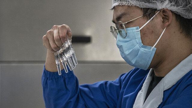 Çin Sinovac aşısının şartlı olarak toplu kullanımını onayladı