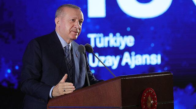 Cumhurbaşkanı Erdoğan Milli Uzay Programı'ndaki yol haritasını açıkladı: Hedefimiz 2023'te Ay'a gitmek!