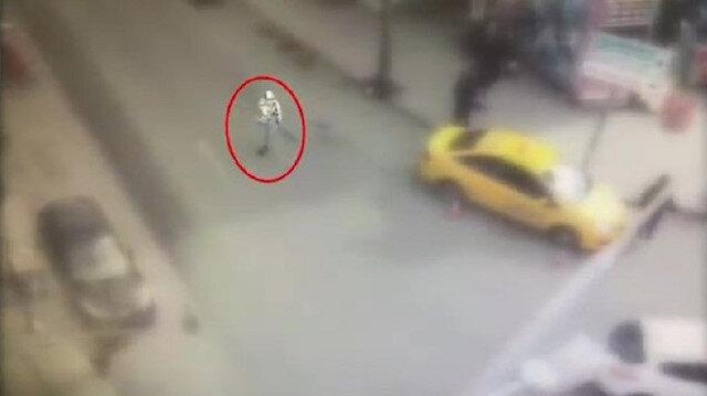 Sultangazi'de etrafa rastgele ateş eden magandalar kamerada