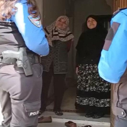 Polisler kapı kapı dolaşarak vatandaşları aşı dolandırıcılığına karşı uyardı