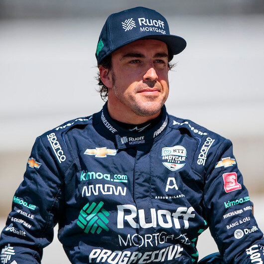 Fernando Alonso kaza geçirdi